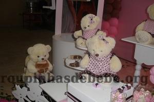 festa marrom e rosa urso e familia