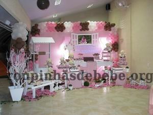 decorando festa marrom e rosa infantil