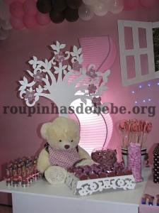 festa marrom e rosa urso com provençal