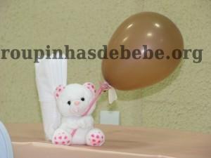 festa marrom e rosa urso com balãozinho