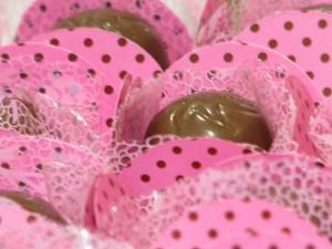 festa rosa e marrom infantil doce de chocolate