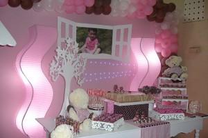 festa rosa e marrom infantil painel