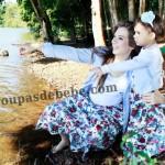 moda mae e filha azul floral
