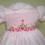 vestido infantil marrom e rosa