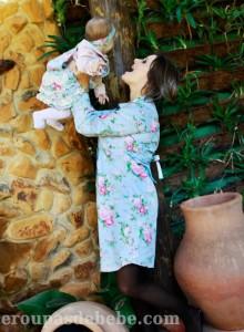 moda mae e filha floral bebe