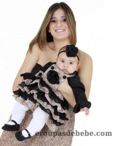 moda mae e filha oncinha e preto