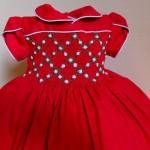 vestido de bebê vermelho bordado a mao