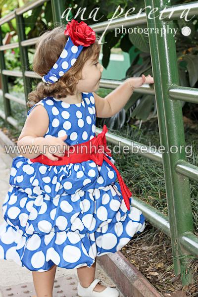 vestido para festa tema galinha pintadinha