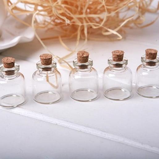 Lembrancinhas com potinhos de vidro